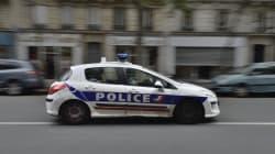 Un couple d'hommes agressé à Paris alors qu'il s'embrassait, un suspect