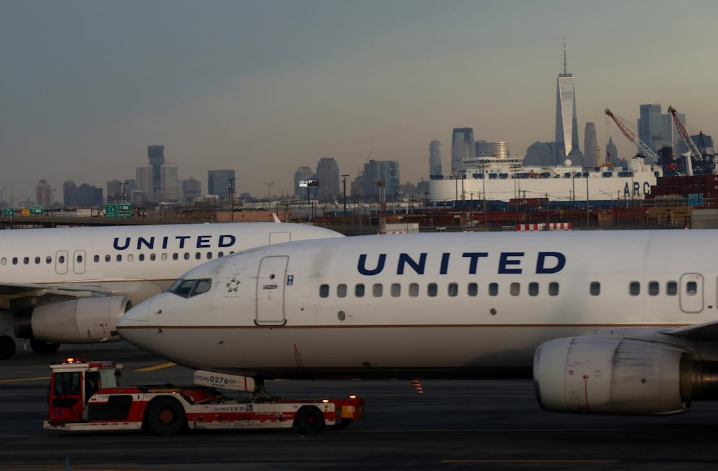 Ewr Airport Logo: A United Passenger Was Arrested After Opening The