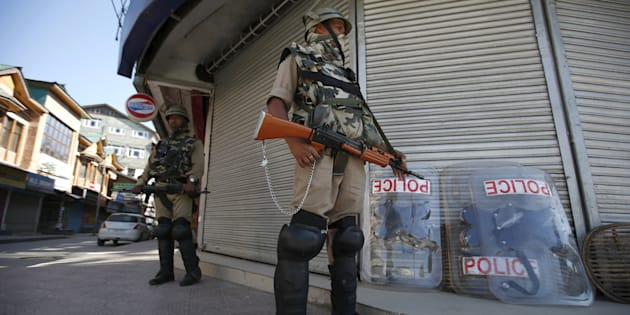 Attack at CRPF camp,4 militants killed in Sumbal