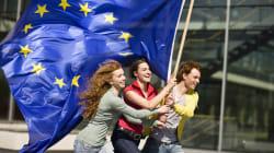 Volontariato e lavoro: da Ue nuova iniziativa (e risorse) per under 30, anche grazie all'Italia, ma la si critica a