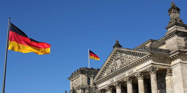 """L'Allemagne adopte un projet de loi pour reconnaître le """"troisième genre"""", une première en Europe"""