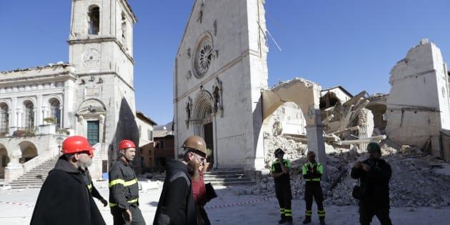 La réponse cinglante du Vatican à un prêtre qui liait homosexualité et séismes