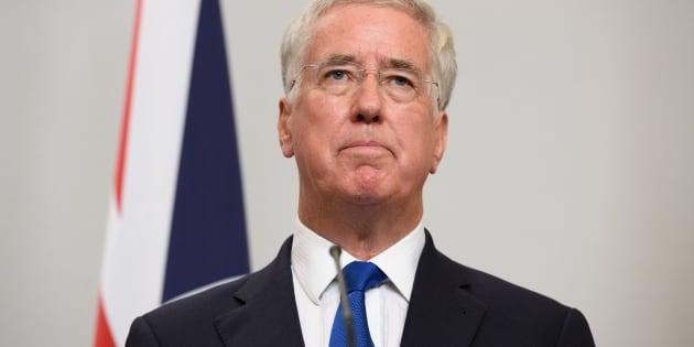 Accusé de harcèlement sexuel, Michael Fallon, le ministre de la Défense britannique, démissionne