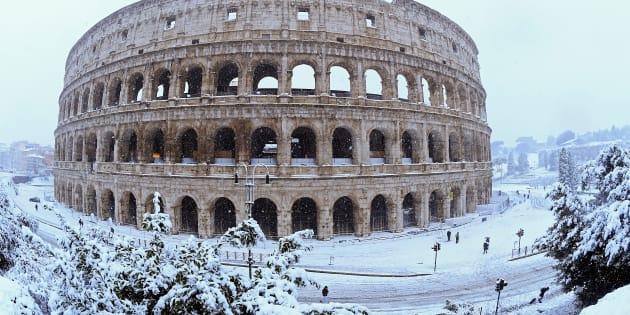 Postales de la nevada que cubrió de blanco a Roma, Italia