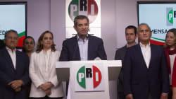 Las 'fake news' llegan hasta Enrique Ochoa y el salario rosa en
