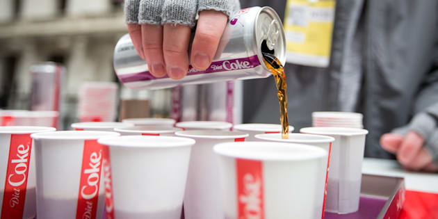Coca-Cola lança primeira bebida alcoólica em mais de 100 de história