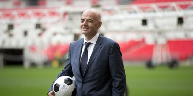 """Le patron de la Fifa veut une Coupe du monde dans """"plusieurs pays"""""""