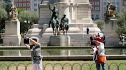 España recibe hasta noviembre más turistas que en 2016, mientras en Cataluña las visitas