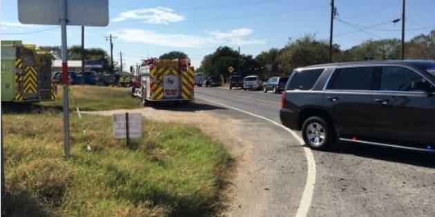 Texas spari in chiesa: almeno 15 vittime e diversi feriti
