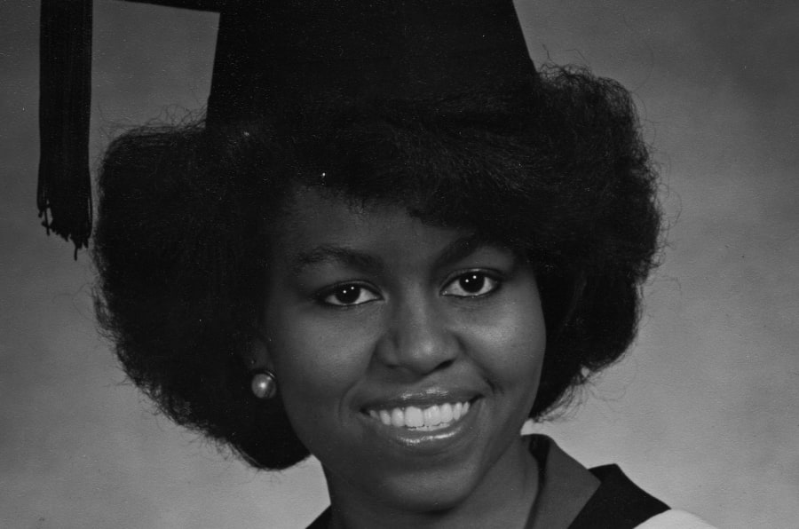 """""""[Em Princeton] Eu precisava dos meus amigos negros. Ajudávamos e apoiávamos uns aos outros"""", conta Michelle em livro."""