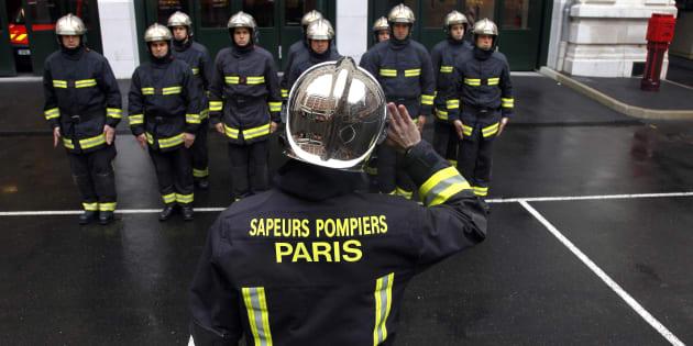 Harcèlement et agressions sexuelles: trois enquêtes visent les pompiers de Paris (photo prise en 2012)
