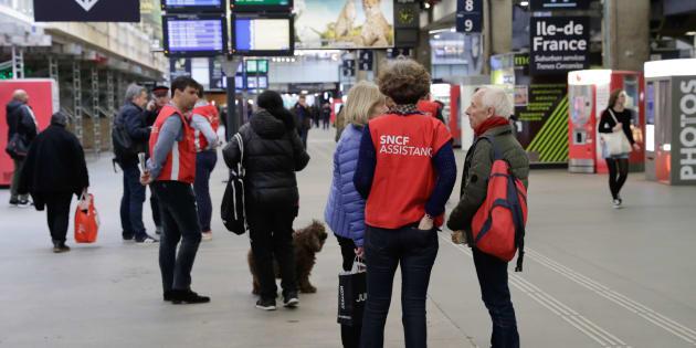 Grève SNCF: comment la direction s'efforce de calmer le mécontentement des usagers