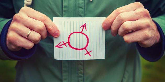 Ecoutons les Intersexes et profitons de la future loi biotethique pour cesser les mutilations génitales intersexuées