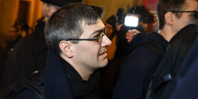 Julien Coupat, ici photographié en mars, a été interpellé à Paris samedi 8 décembre.