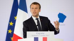 Dopo 2 anni la Francia dice addio allo stato d'emergenza. Macron difende la nuova legge
