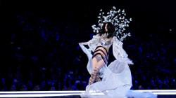 Défilé Victoria's Secret : la mannequin chinoise Ming Xi chute sur le