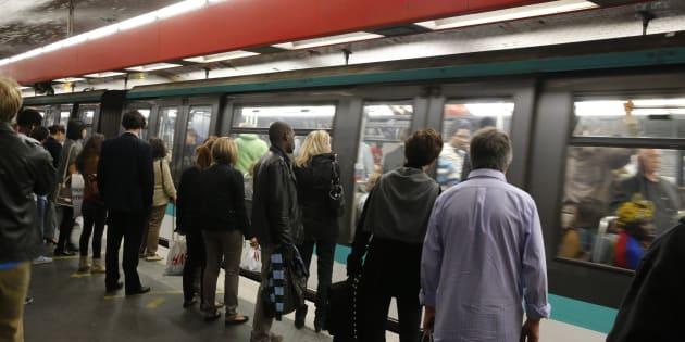 Un bébé est venu au monde dans une rame de métro parisien de la ligne 6, mercredi 21 novembre. (Photo d'illustration).