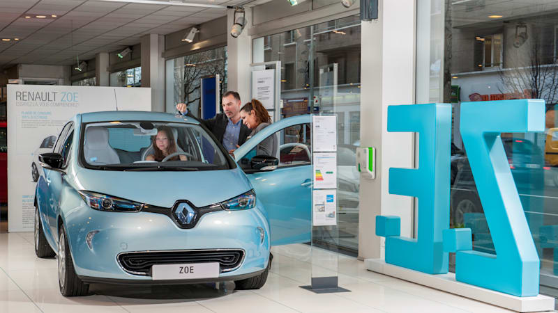 Renault Zoe Was Europe S Best Selling Ev Last Year Autoblog