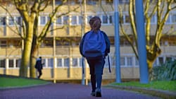 Ir y volver solos del colegio: el día a día de los 'niños de la