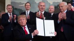 Trump signe le décret reconnaissant la souveraineté d'Israël sur le