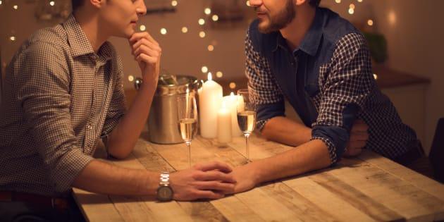 Ainda colocamos no rol do feminino os homens que têm como preferência a prática do sexo anal receptivo. Os que chamamos de passivos - ou, com ar zombeteiro, de passivas.