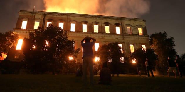 El incendio del Museo Nacional de Río de Janeiro.