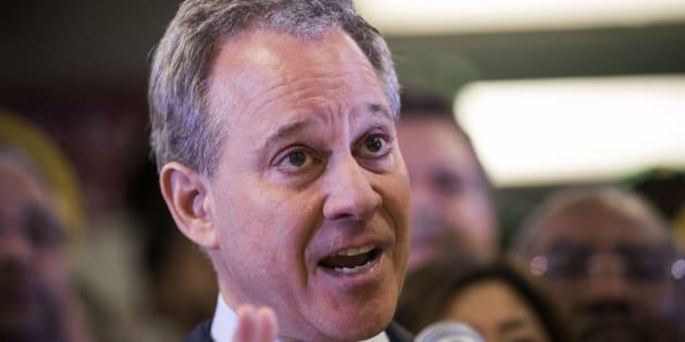 Si dimette il procuratore di New York: è accusato di abusi sessuali