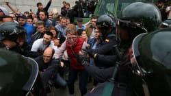 Référendum en Catalogne: les policiers font plus de 800