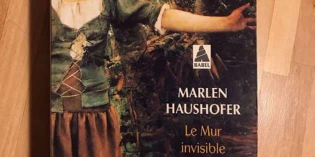 """""""Le Mur Invisible"""", publié en 1963, est l'œuvre principale de la romancière autrichienne Marlen Haushofer."""