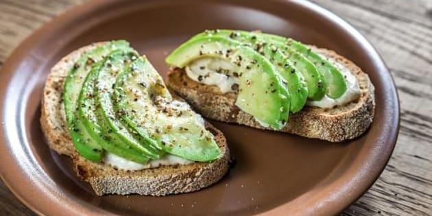 """Selon ce millionnaire, les jeunes ne seront jamais riches à cause des """"avocado toasts"""""""