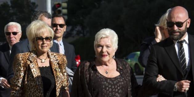 """En déplacement à Las Vegas, Line Renaud est """"en sécurité"""" mais """"sous le choc"""" après la fusillade"""