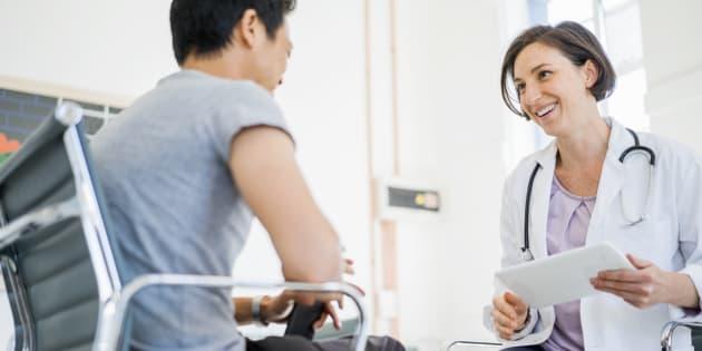 Pourquoi nous, médecins, devrions écouter davantage les symptômes de nos patients
