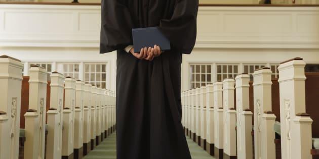 Il me semble quel'opposition aux signes religieux de 73% des gens de plus de 55 ans se réfère à notre identité catholique d'avant la Révolution tranquille.