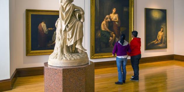 Des touristes dans un musée au Mexique (illustration).