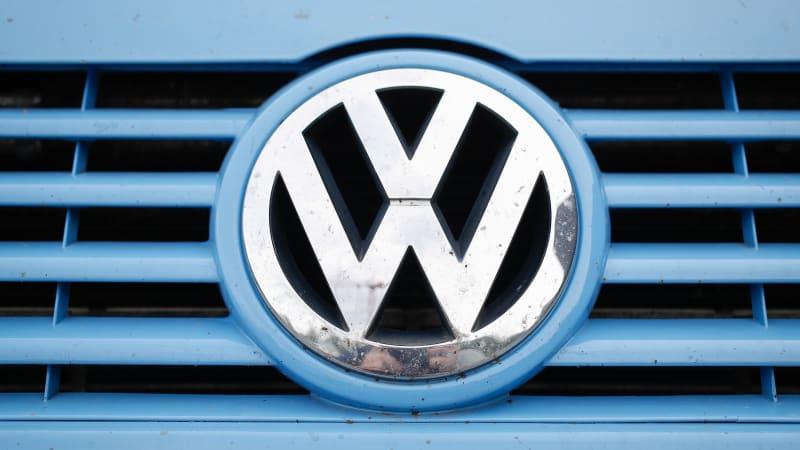 Germany locked in debate over retrofits vs. rebates on diesel cars - Autoblog