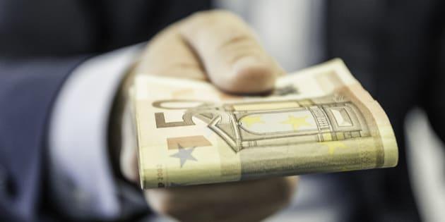 Prélèvement à la source: La liste des crédits d'impôts qui donneront droit à un chèque en janvier