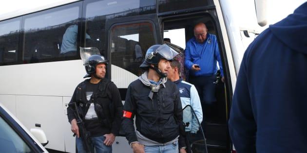 Ligue 2: le barrage Ajaccio-Le Havre annulé après le caillassage du bus normand.