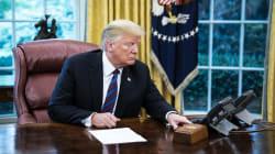 Trump raduna i giornalisti per vantarsi dell'accordo col Messico ma litiga col
