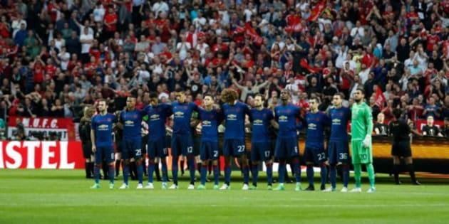 Manchester United vence 2-0 al Ajax y conquista la Europa League
