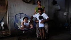 Luisito, el risueño bebé de 28 kilos que espera una respuesta que salve su