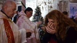 Gritos de alegría en la primera misa de Navidad en Mosul desde que fue liberada del Estado