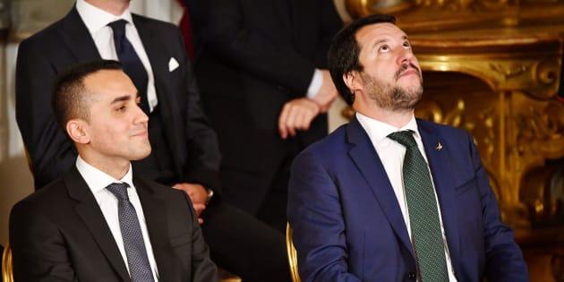 Un altro schiaffo di Salvini agli M5s. La proposta di un ref
