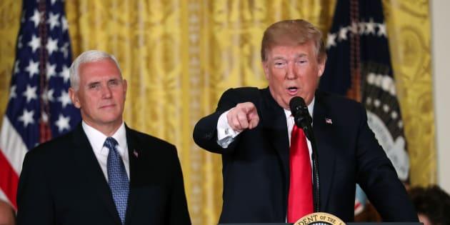 """Pourquoi Donald Trump ordonna la création d'une """"force armée de l'espace"""""""