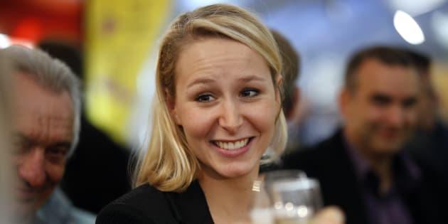 Steve Bannon, bras droit de Donald Trump, courtise Marion Maréchal-Le Pen qui lui répond