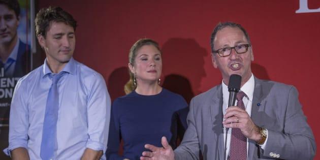 Richard Hébert (droite) en compagnie de Justin Trudeau et Sophie Grégoire.