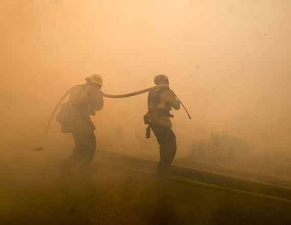 Returning winds have Calif. firefighters wary