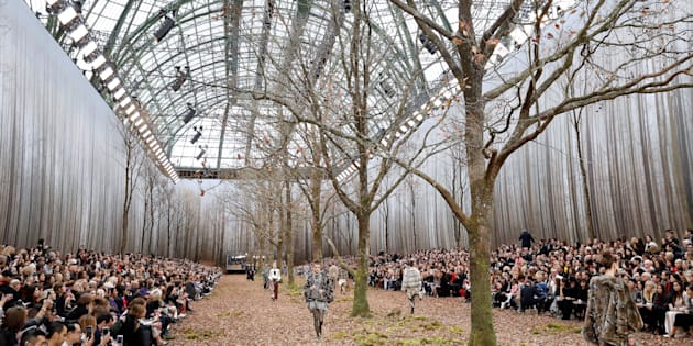 Le défilé Chanel et ses arbres coupés ont déçu la FNE .