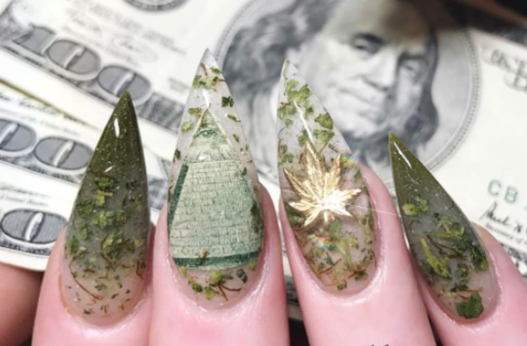 Weed nails are the hottest new trend you can never wear to an ...