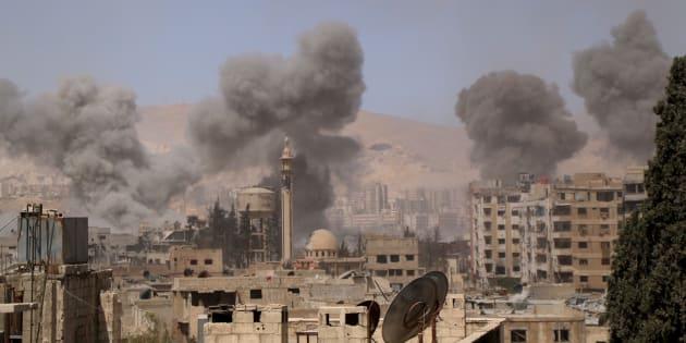 """Le régime syrien accusé d'avoir tué des dizaines de personnes dans une attaque aux """"gaz toxiques""""."""