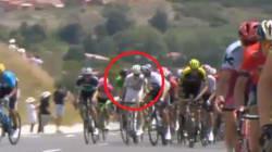 Dà un pugno a un avversario, ciclista italiano espulso dal Tour grazie alla